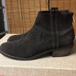 Dolce Vita dark gray booties